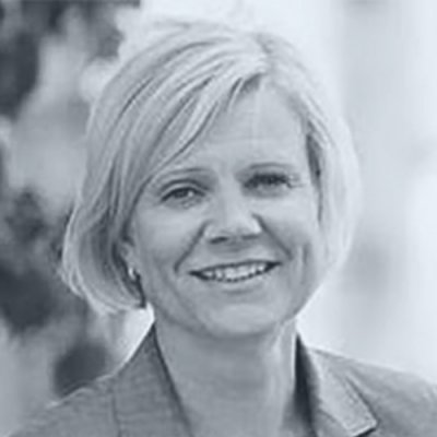 Liikemiesyhdistys-johtokunta-Elina-Herrala